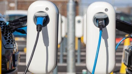 Jaguar Land Rover Installs UK's Largest Smart Charging Facility For EVs