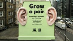 SEAT Encourages Passers By to Grow a Pair