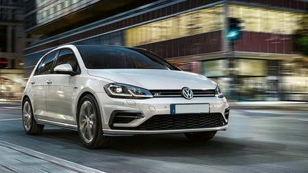Volkswagen Golf named 'Used Car Hero' by AutoCar