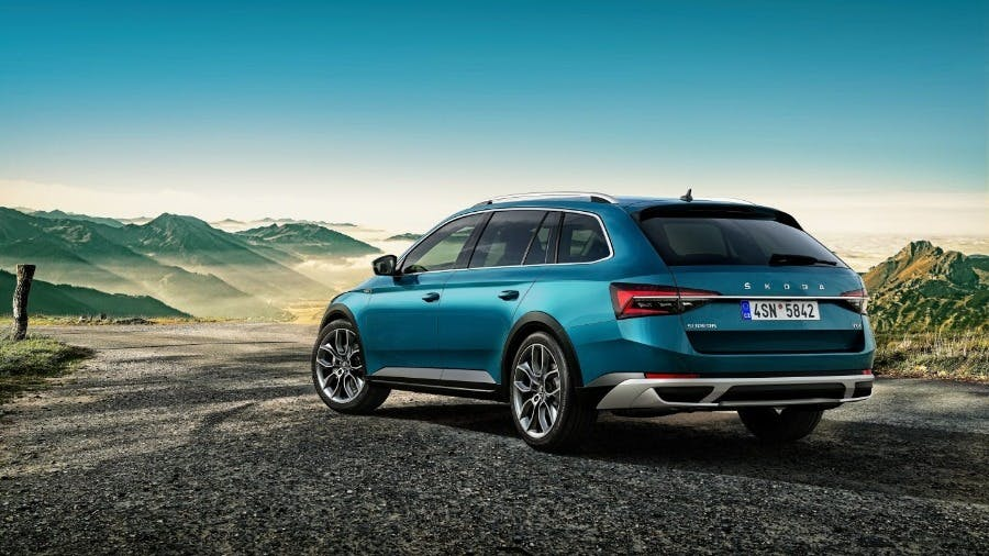 New ŠKODA SUPERB SCOUT added to SUPERB family