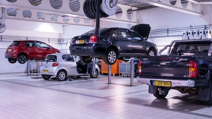 Make Savings on Car Servicing with the New Toyota 5+ Club