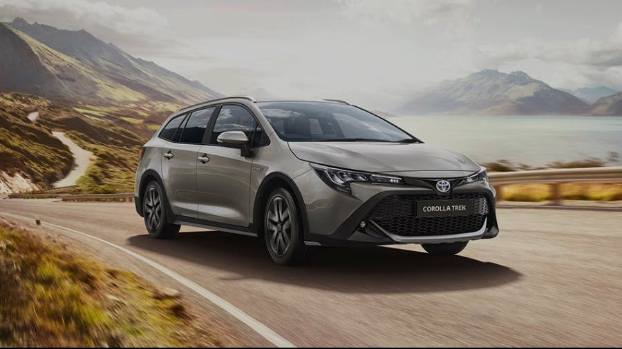 Toyota (GB) Honours TREK Bicycle Partnership with the New Corolla Model