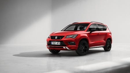 SEAT Ateca Turns to the Dark Side with the Special Black Edition
