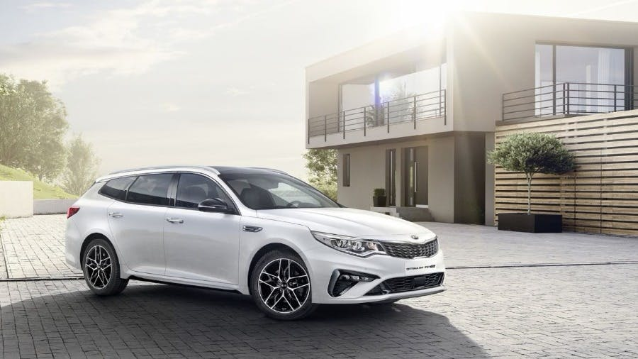 New Powertrains & Fresh Design For New KIA Optima At Geneva Motor Show