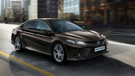 Toyota Camry to Return to UK Showrooms with New Hybrid Electric Powertrains